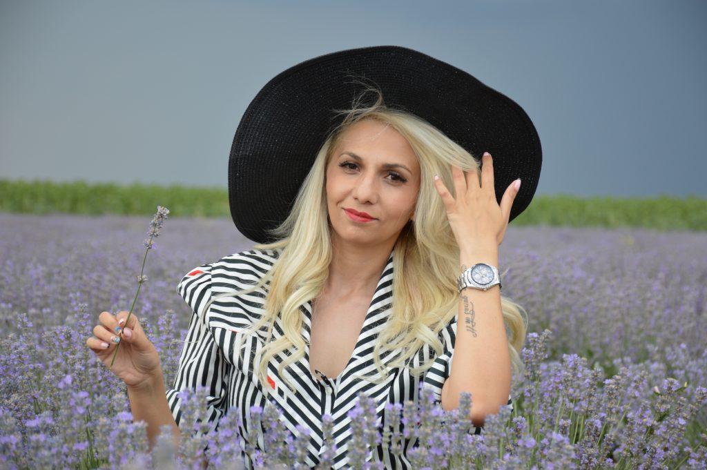 Ivanova Di-starsy stems it